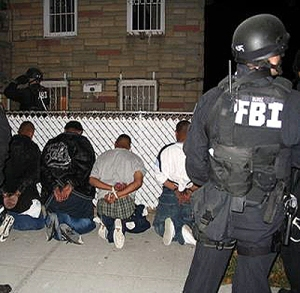 FBI SWAT team arresting MS-13 gangsters (FBI Photo)
